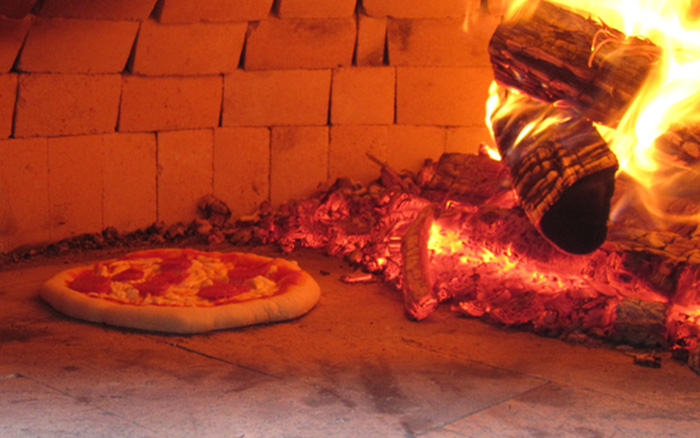 Tuscan pizza oven